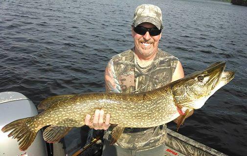 Minocqua wisconsin walleye fishing guide and musky pike for Fishing in wisconsin
